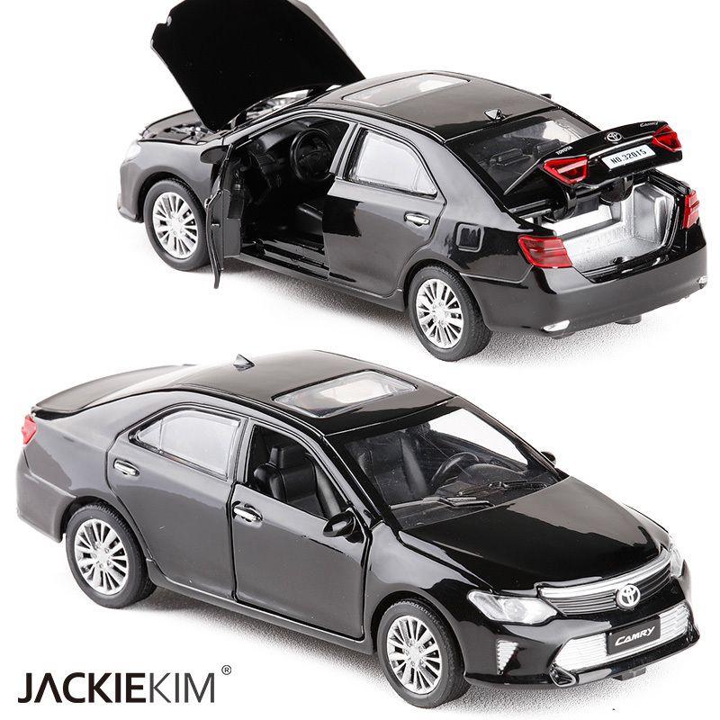 جديد 1:32 مقياس تويوتا كامري سبيكة معدنية دييكاست نموذج سيارة نموذج مصغر مع التراجع الصوت ضوء نموذج للأطفال سيارة اللعب J190525