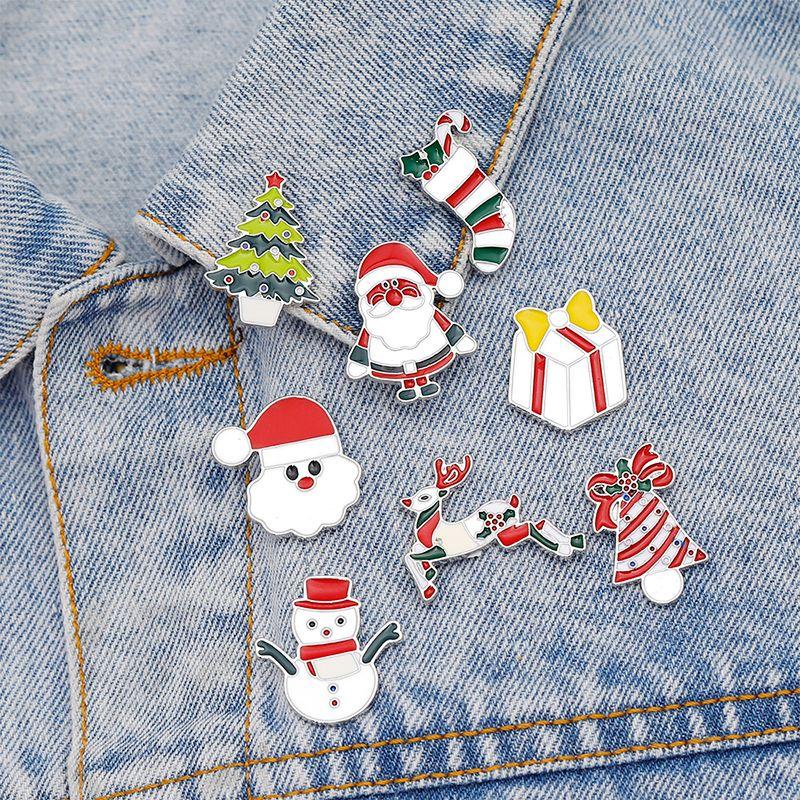 Neueste zu Weihnachten machen WeisebroschePin Netter Schneemann Sankt-Weihnachtsbaum-Brosche Legierung Schmuck Bunte Neujahr Weihnachtsgeschenk