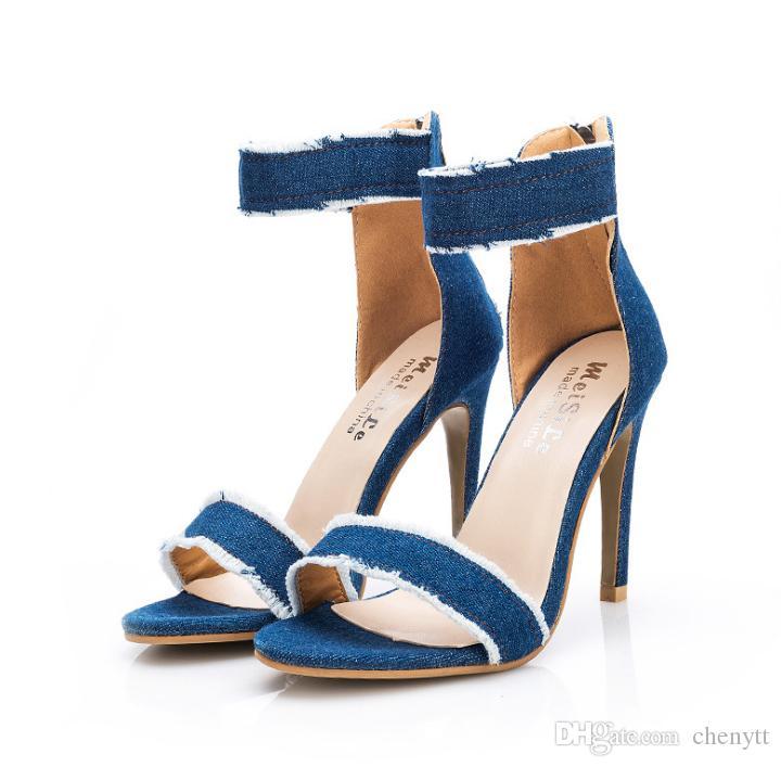 2019 جديد الصنادل ذات الكعب العالي مع غرامة الصنادل المرأة مع الأحذية زر الأزياء والأحذية ذات الكعب العالي الدنيم
