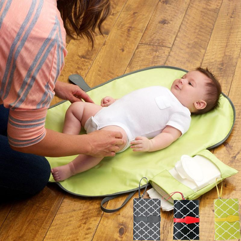 Station imperméable à l'eau portable couche-culotte Mat Nappy Pad Voyage Changement d'embrayage de soins pour bébé Produits poussette Q190530 Hangs