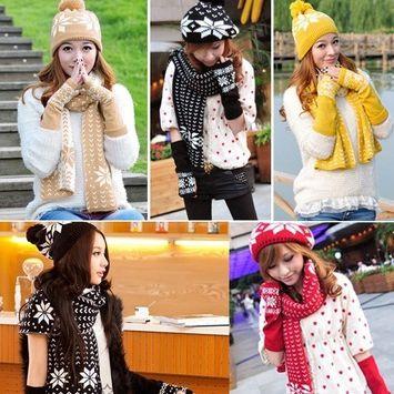 modèle de fleur de flocon de neige mis en plein air dames automne et hiver chapeau de mode une écharpe gants trois pièces EEA437