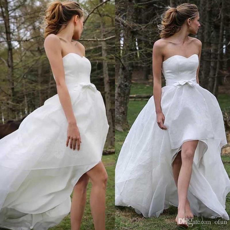 Дешевые без бретелек линии высокого низкого халата де Mariée просто атласная возлюбленной молния назад пляжное свадебное платье плюс размер свадебное платье
