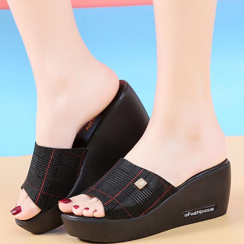Cunhas sapatos para as mulheres Sandálias do verão Sólido Wedge antiderrapante Peep Toe sandálias Lady Sandália sapatos Sandálias Mujer 2020 Novo