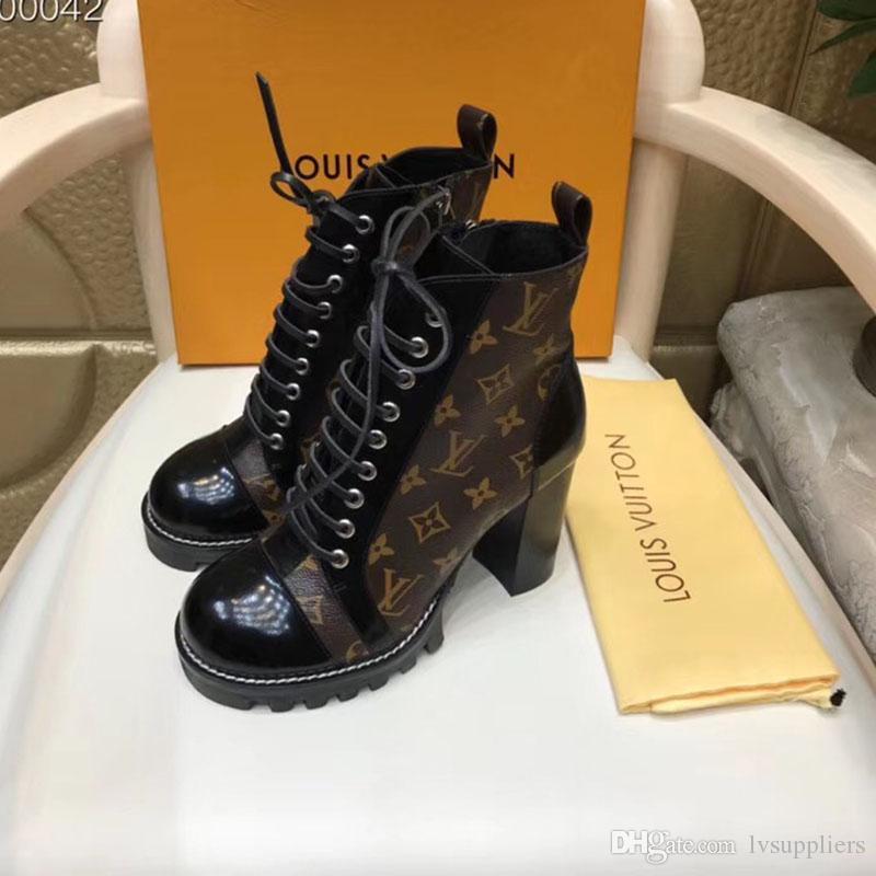 De lujo Martin botas de vaquero Bota de plataforma para mujer botas de invierno flecha de amor del 100% de cuero 5 cm del talón del amor del flamenco flecha medalla Desert Boot