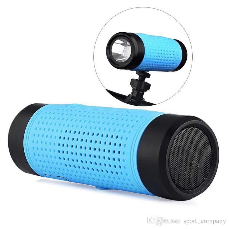 Outdoor Waterproof Bicycle Light Flashlight Wireless Bluetooth Speaker Sound Box for Mountain Bike Column Bluetooth Support TF FM Radio