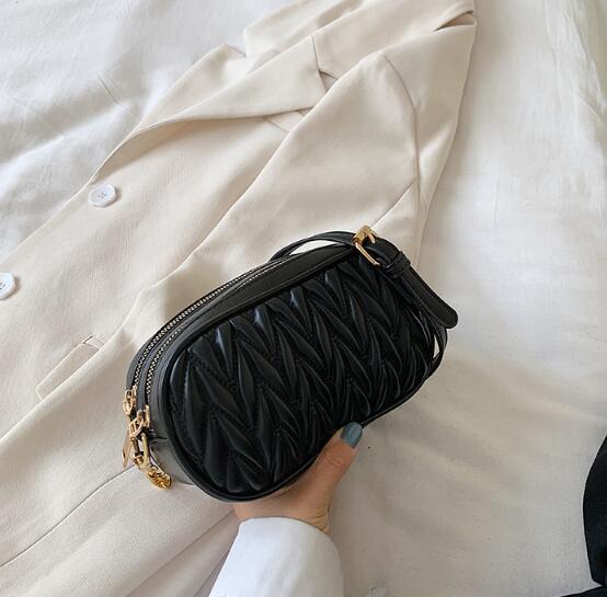 Ins Мода женщин сумки плеча плиссированной конфеты Летняя сумка Plain цепи Crossbody Два Zipper Тотализаторы