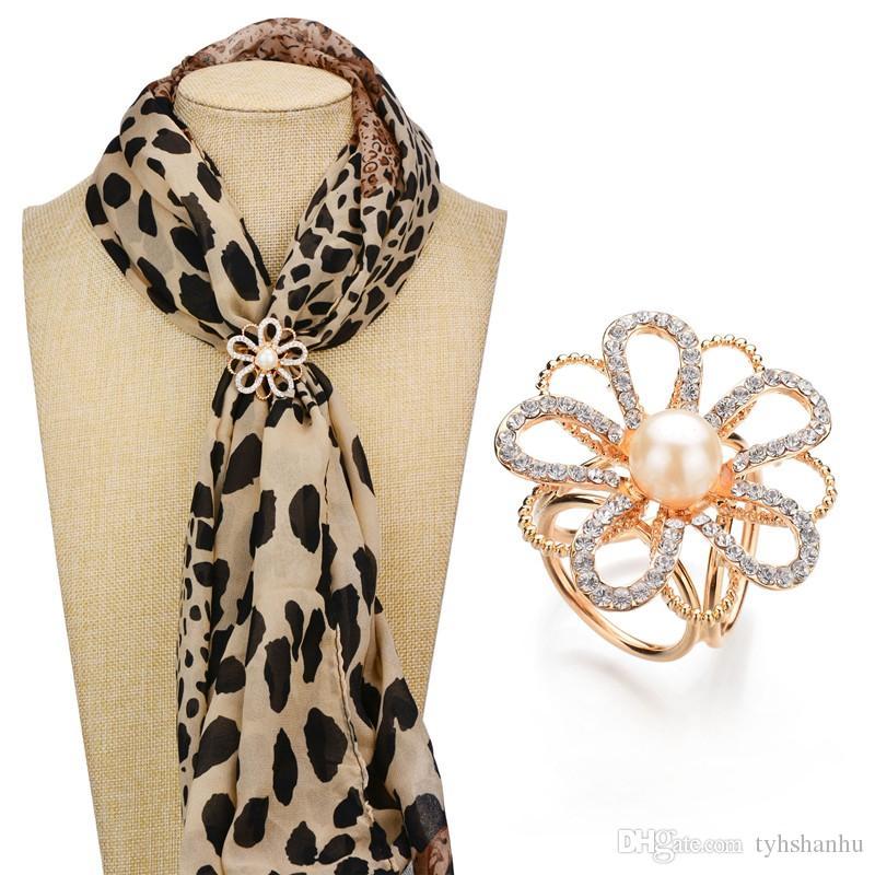 Роскошный Золотой цвет шарфа Клип Имитация жемчужные украшения камелии Rhinestone Броши Женщины подарков b50