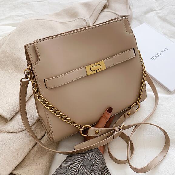 Дизайнер сумки женщин Luxury Lady высокого качества большой емкости ретро цепи Crossbody сумки Мода Два коровы плеча ремень