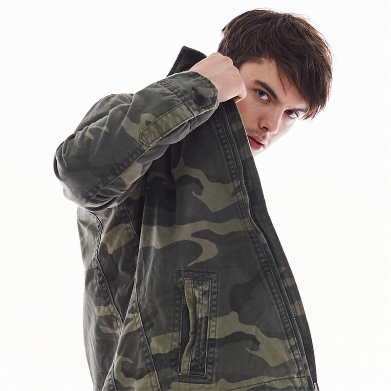 Estilo de Estados Unidos capa ocasional Para Hombres Hombres camuflaje chaquetas de gran tamaño primavera Ejército Abrigo Mans Ropa B697 chaqueta al aire libre
