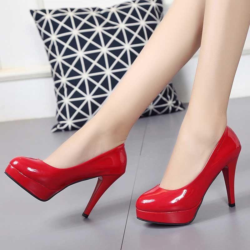 VTOTA grande formato 34-42 delle pompe delle donne di moda Tacchi alti tallone sottile Classic White sexy rosso Wedding Shoes scivolare sul vestito dalla piattaforma dei pattini