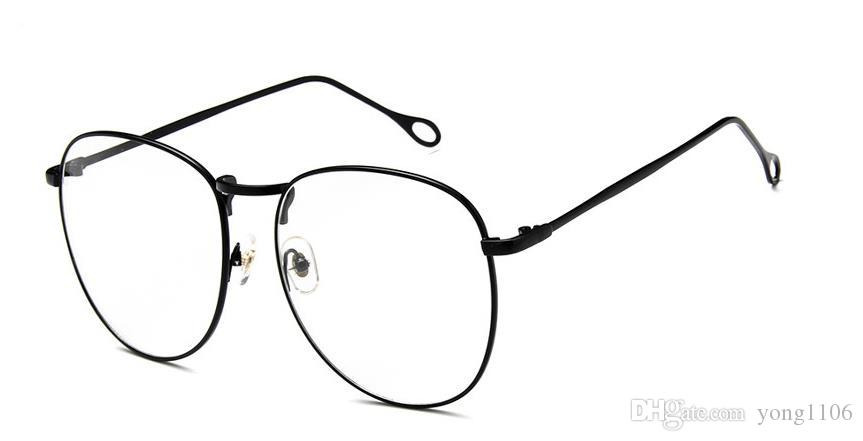 Estilo clásico de la moda retro gran marco lente plana tomas de la calle muestran gafas de metal delgadas marco red red gafas de boutique