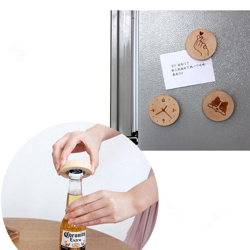 50pcs / lot puede personalizar el logotipo grabado en blanco DIY redondo de madera de forma de la botella abridor Coaster imán Decoración