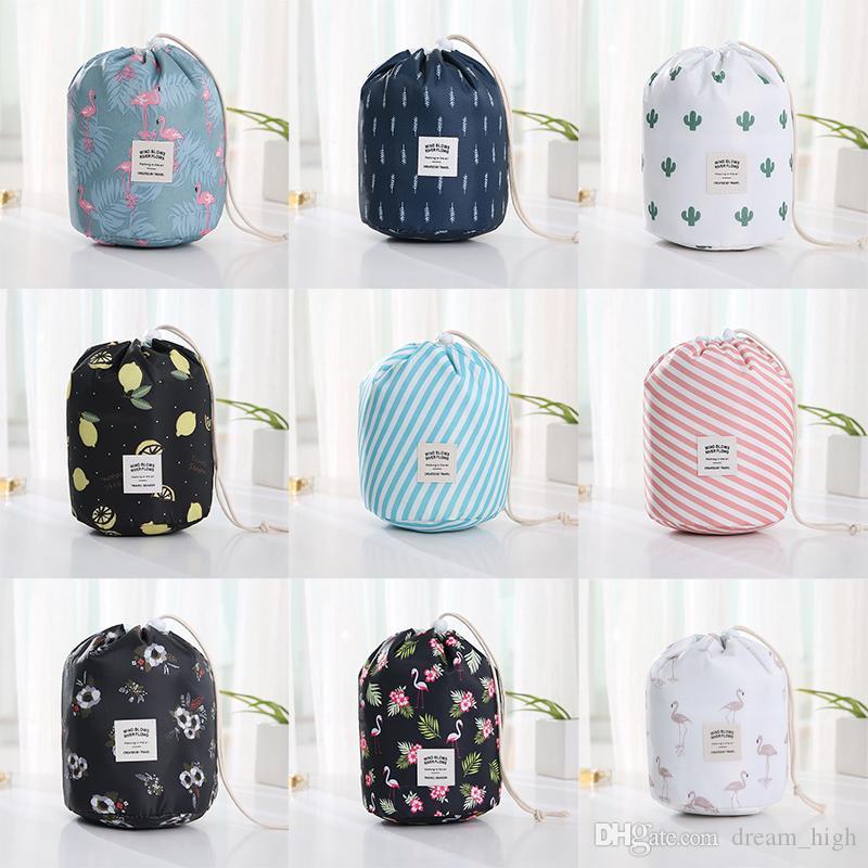 برميل شكل النساء السفر حقيبة مستحضرات التجميل عالية الرباط الرباط طبل غسل أكياس أنيقة فلامنغو مطبوعة ماكياج المنظم حقيبة التخزين