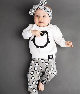 58d8ea1c4 Compre Ins Otoño 0 2 Años Ropa De Bebé Niño Conjuntos Trajes De Pingüino  Lindo Moda Niñas Bebés Ropa De Manga Larga T + Pantalones 2 Unids Conjuntos  Al Por ...