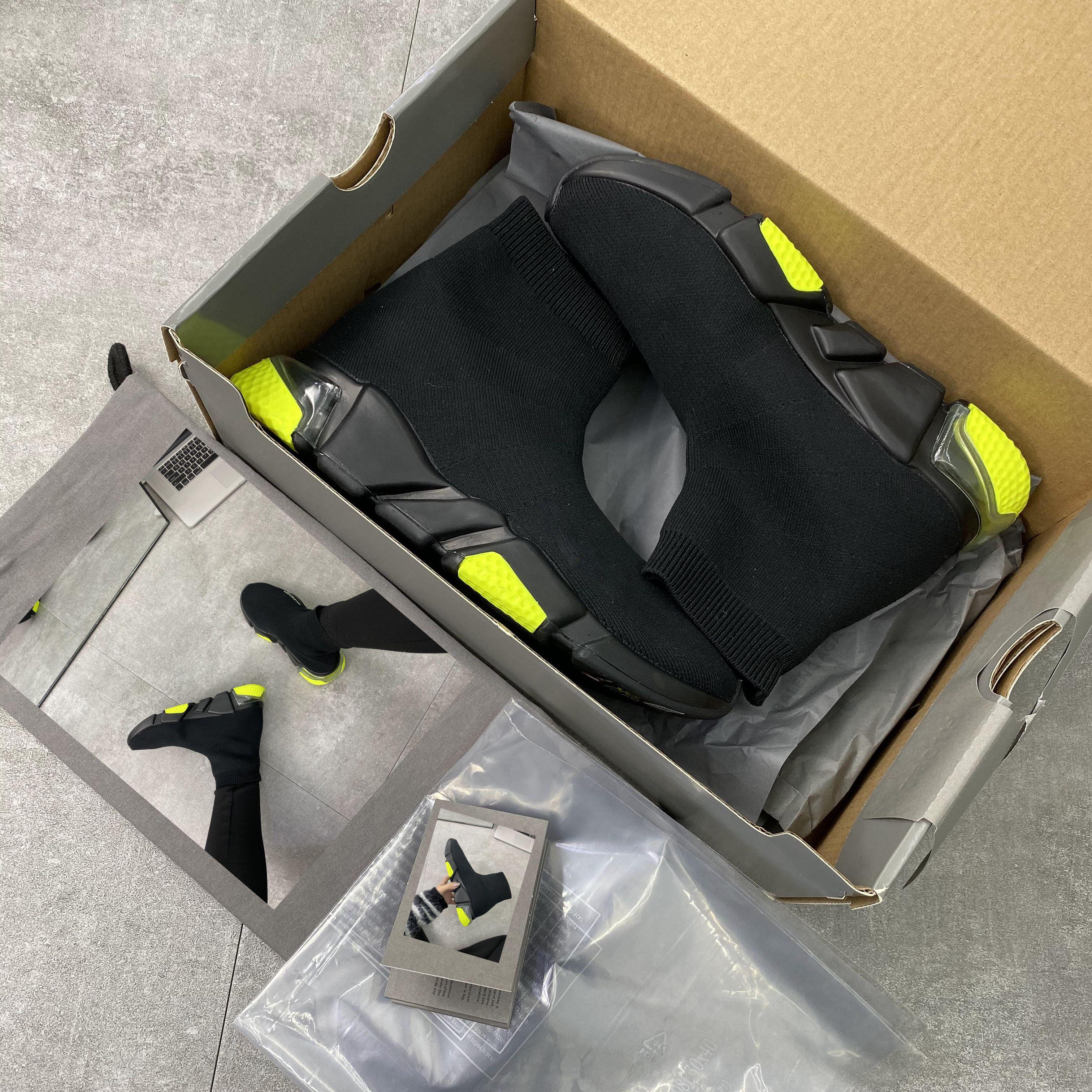 Kutu Toz Torbalı En Çorap Tasarımcı Ayakkabı El yapımı Yüksek Kırmızı Siyah Beyaz Sneakers Womens Trainer Günlük Ayakkabılar Boyut 35-46