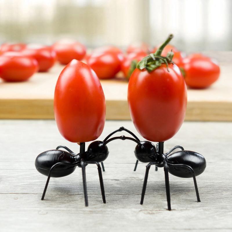 12 PCS Karıncalar Gıda Meyve Home Kitchen Parti Akşam Meyve için meyve Çatal Ant Şekli Çatallar Snack Kek Tatlı bulaşığı Seçtikleri D5 Seçim