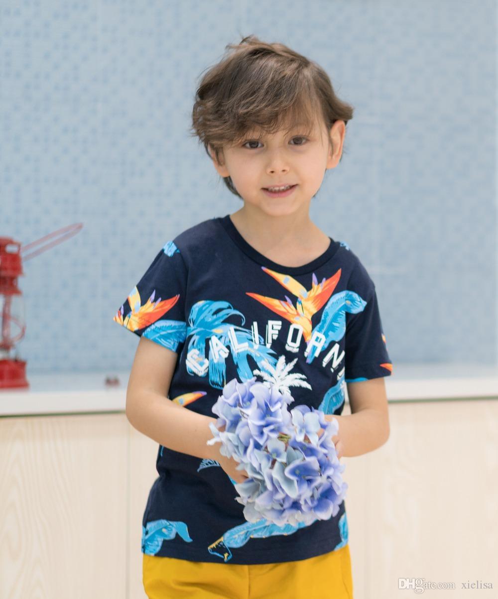 Bambino ragazzi copre gli insiemi di estate del cotone stampata lettera Bambino Imposta 2PCS T shirt + shorts dei bambini dei pantaloni del vestito blu profondo top corto giallo