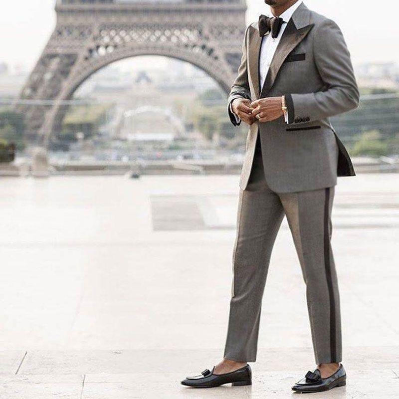 Design Groom Tuxedo Grey Classic Suits Men Wedding Suits Best Man Blazer Costume Homme Side vent Slim Fit Terno Masculino