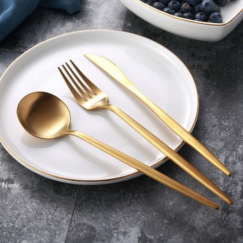 الفولاذ المقاوم للصدأ أدوات المائدة ماتي الذهب سكين وجبة شوكة ملعقة قهوة ملعقة أطباق بسيطة رائعة الغربية عشاء الحلوى أدوات المائدة HHA691