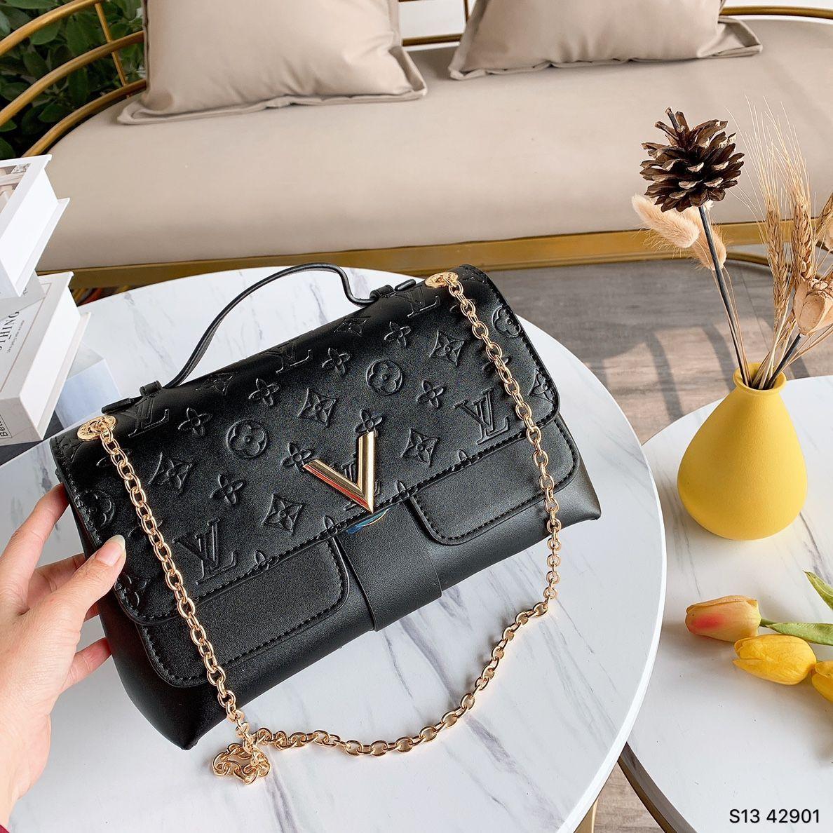Fashion Women Handbags New Female Bag High Quality PU Leather Simple Letter Wide Strap Design Portable Shoulder Bags Women 544 1