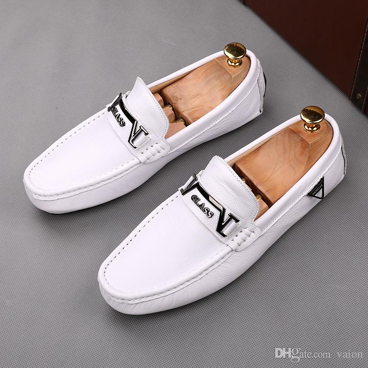 2019 NEW Men classic design flats slip-on Shoes Man Wedding Homecoming Evening Prom Driving shoes Sapato Social Masculinon