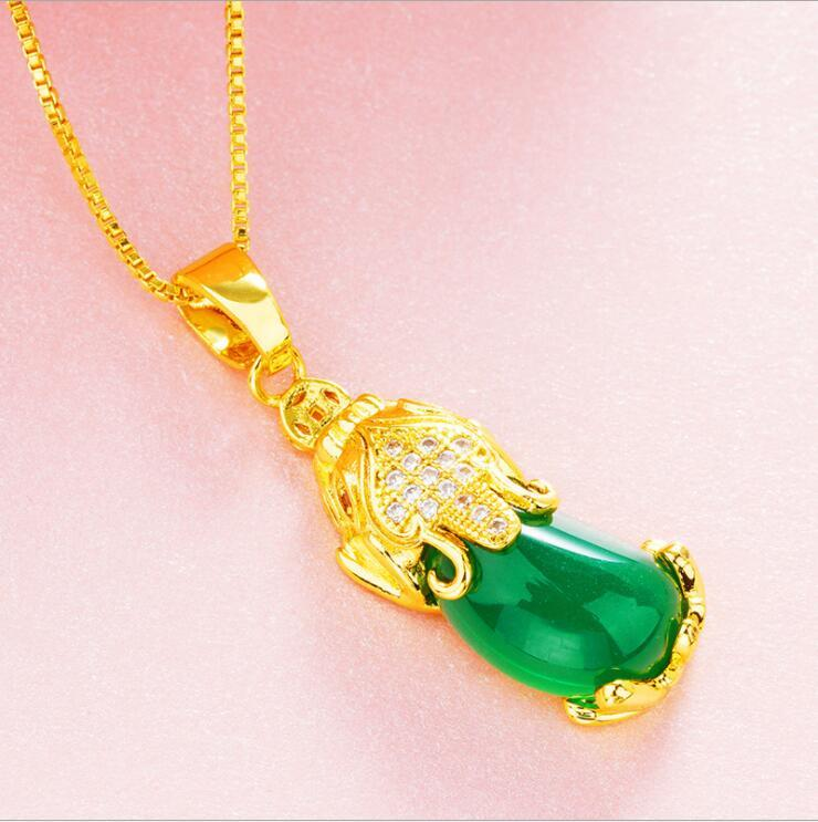 Gold Plated Wealth Agate Pixiu Pendant Transfer Luck Feng Shui Necklace for Women