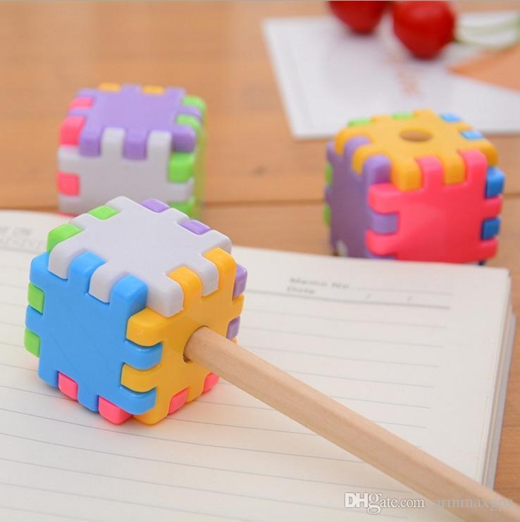 Enfants Taille-crayon Manuel d'assemblage Puzzle bâtiment innovateur bloc plastique papeterie outil Crayon Sourcils J200221
