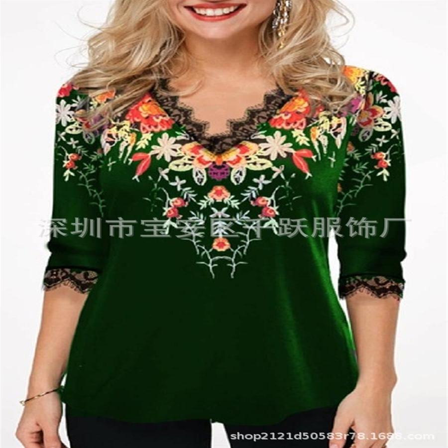 Middle sleeve V-neck lace printed female Middle sleeve V-neck lace printed silk Screen t-shirt silk screen T-shirt female