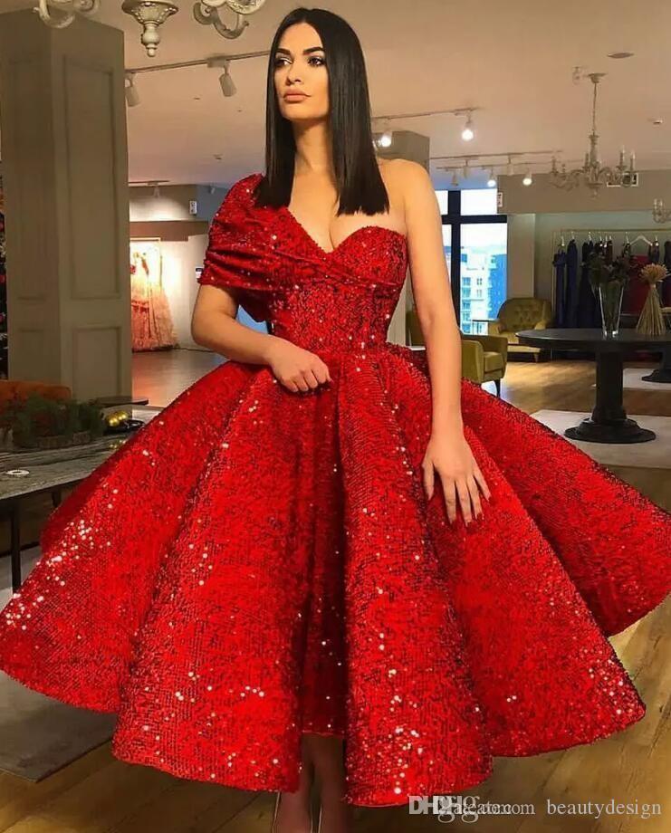 Элегантная красная длина чая короткие платья выпускного вечера 2020 одно плечо спинки блестят защелкивающиеся короткие домохозяйственные коктейльные вечеринки вечерние платья настроить