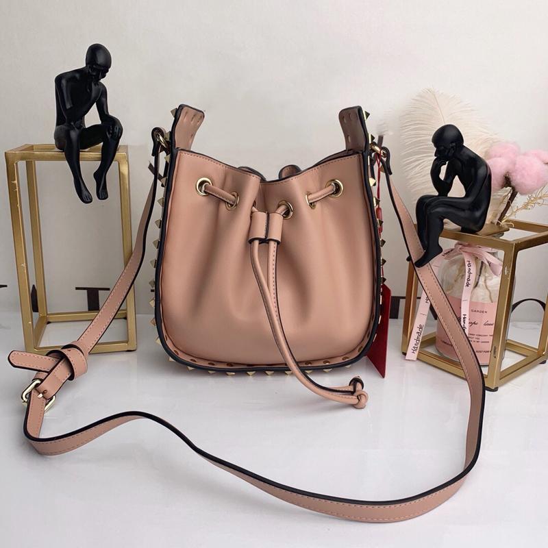 messenger bag di moda donne rivetto Bucket Bag signore delle donne Borse borse della spalla del progettista di marca del cuoio genuino Borse Crossbody mini