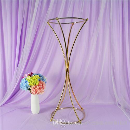 Centros de mesa de oro Florero de metal alto Florero de boda Decoración de la fiesta Florero de plomo en el camino