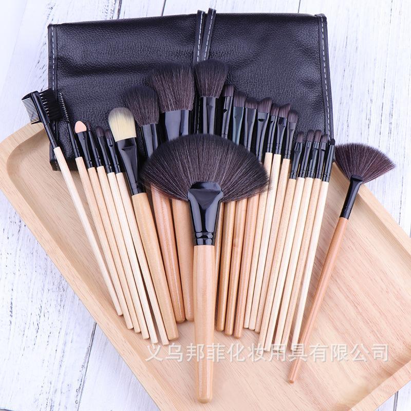 Yüksek Kalite 24pcs Seti Ahşap Keçi saç makyaj Profesyonel fırçaları Ev kullanımı Eyeliner Vakfı Göz Farı Fırçası makyaj fırçalar