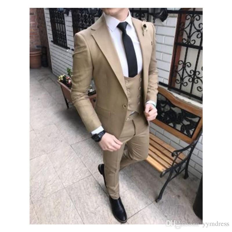 Nuovi smoking marroni dello sposo Eccellente One Button Groomsmen Blazer Men Suit Suit Suit (Jacket + Pants + Tie + Vest)