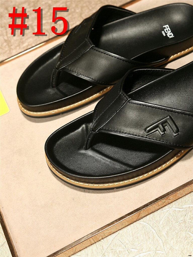 19SS Yeni Hava Mesh Man Terlik Pantoffels Mens Slaytlar Hafif Badslippers çevirin Flop Erkekler Tasarımcı Terlikler Yaz Sandalet Erkekler 44
