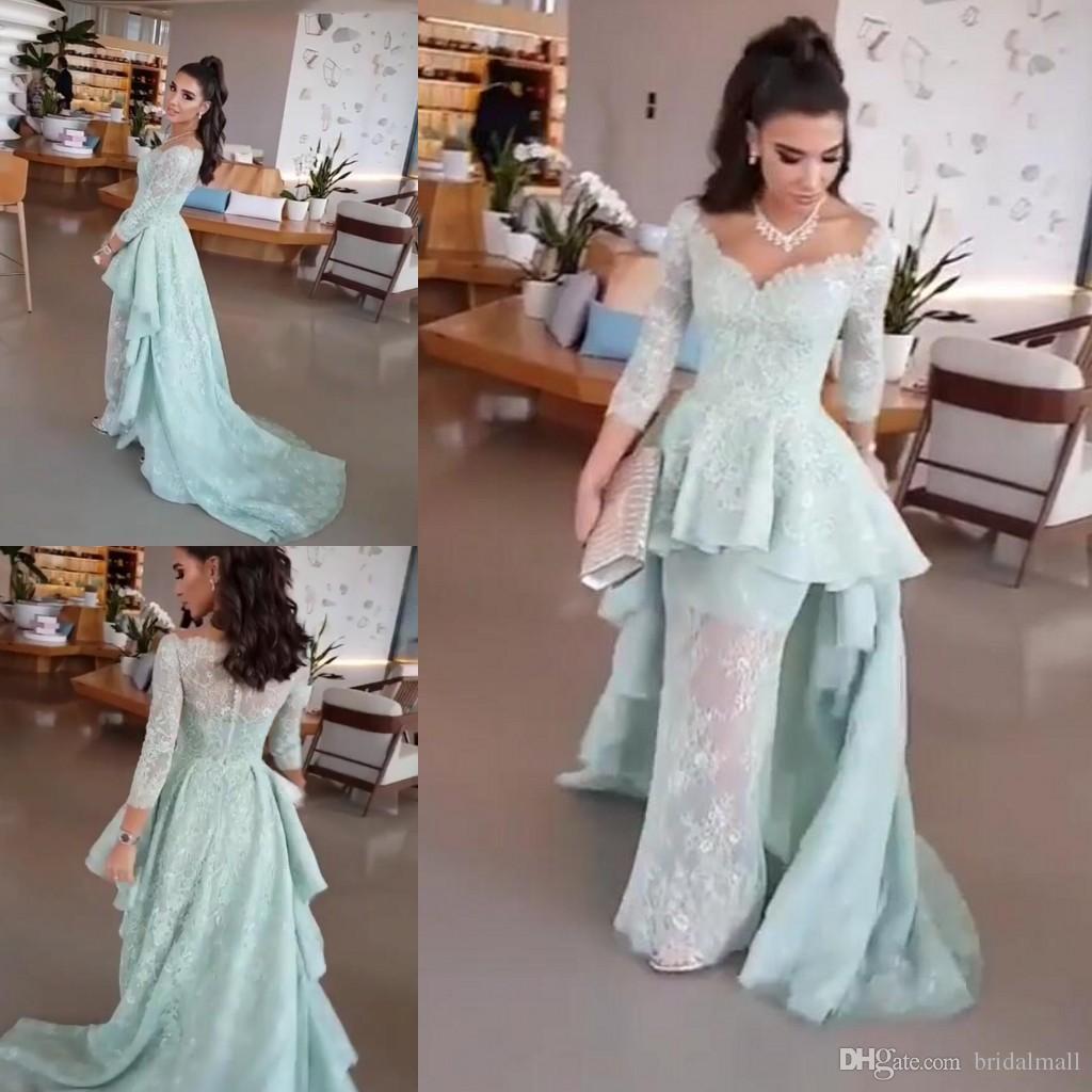 Volants à volants robes de soirée sirène dentelle bleue peplum avec 3/4 manches longues col v robes de soirée formelles bouton dos robe de bal