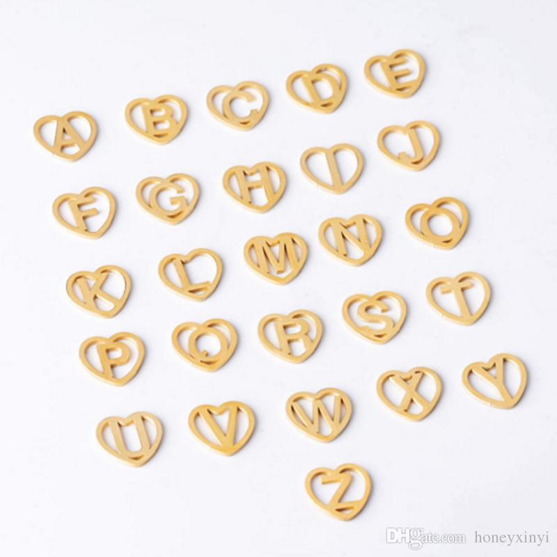Altın Renk Hollow Aşk Kalp Harfleri Alfabe Charm Ayna Lehçe Paslanmaz Çelik Mektup A-Z Charm 12mm 26 Adet / grup