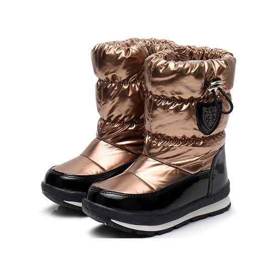 Para niños de diseño para niños botas de nieve de lujo sólido color de los zapatos para niños Botas brillantes de algodón caliente zapatos estilo nuevo de la manera 2019 de invierno para niños