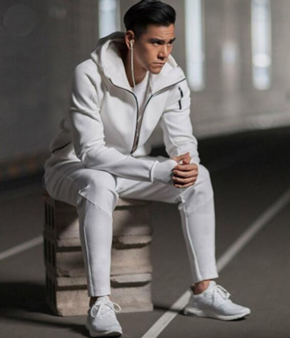 Nouveau Sweat à capuche Sports Hommes Costumes Black White Tracksuits Jacket à capuche Hommes / Women Windbreaker Zipper Sportwear Fashion Zne Sweaty Jacket + Pant