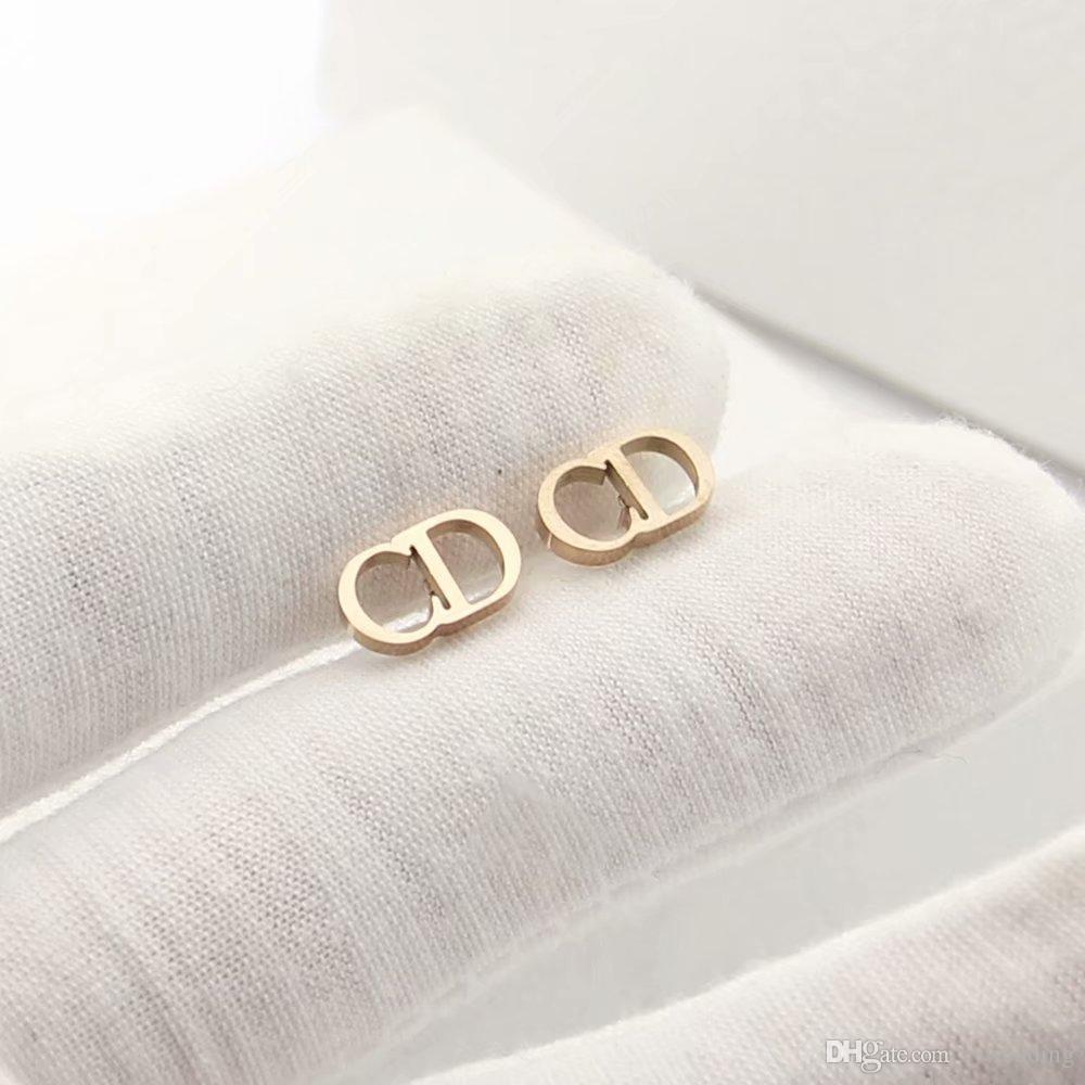 المصممات الفخمة أقراط حروف الأقراط الفضية الفولاذية الفضية الوردة الذهبية 18k Gold elagant الأبجدية طراز الموضة