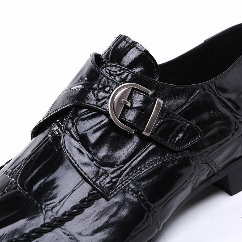 Designer Robe Chaussures Hommes Toe Véritable Chaussures Pointu de mariage en cuir Boucle Sangle Glissement Chaussures Casual Mens Black Business 37-44