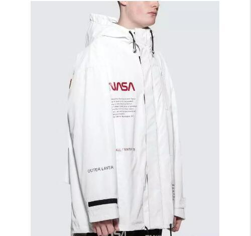 18FW HERON PRESTON NASA HIGH TECH PARKA Mens Astronaut Jacket Waterproof  Jacket Fall Winter Hooded Jackets Windbreaker White Black Coat 8da9e0f3c