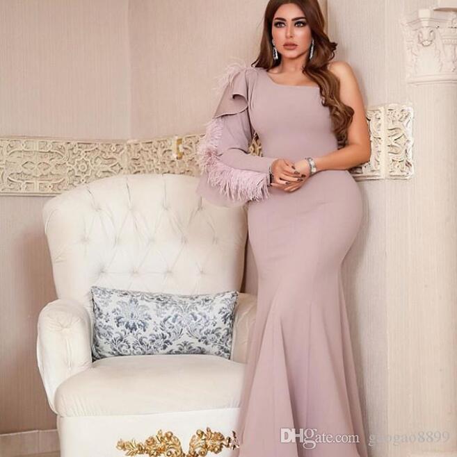 robe de soire Abendkleider tüy dantelli boyasıyla lüks Uzun Kollu Arapça Dubai Abiye 2019 Balo Parti Gowns bir omuz