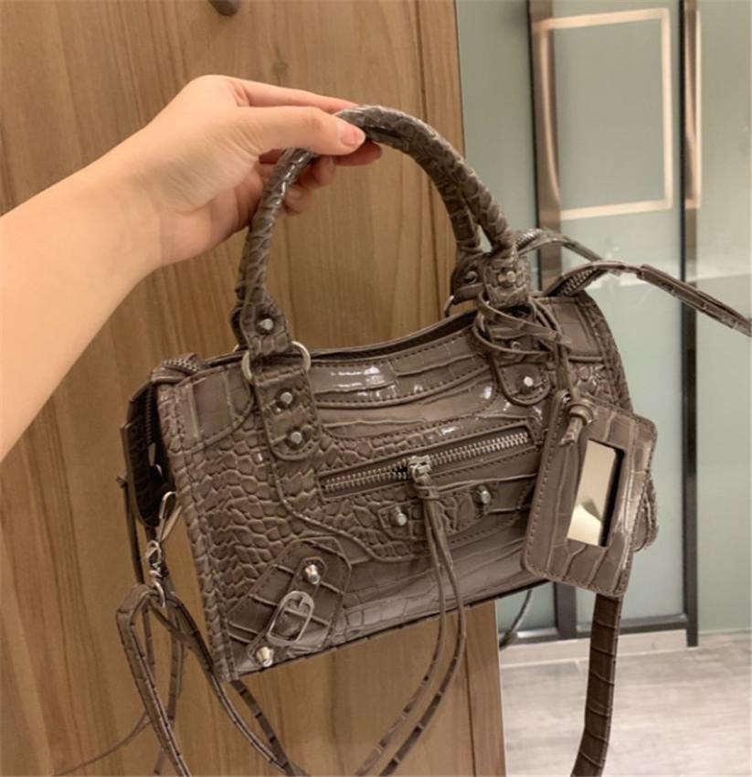 Женская мода роскошная сумка хорошее качество сумка на плечо 5 цветов CFY2004013/