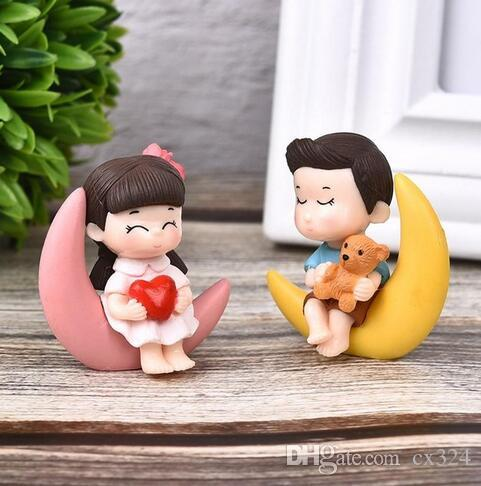 2pcs/Set New Arrival Moon Couple PVC Romantic Figurines Craft Decorative Ornaments For Bonsai Home Table Decoration