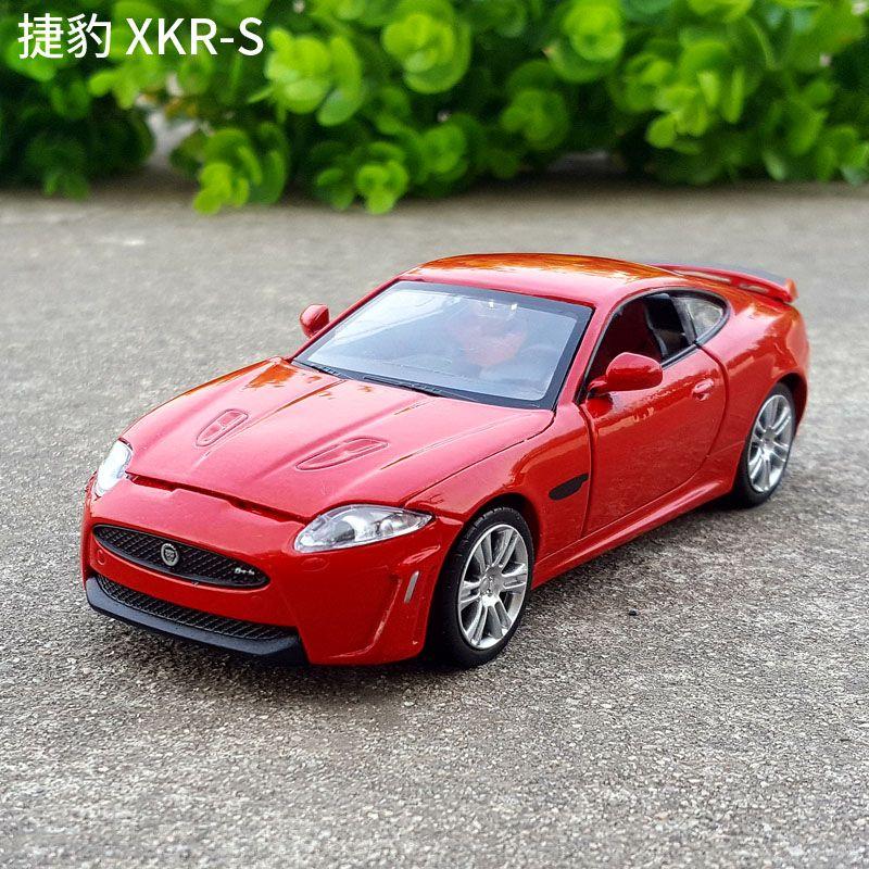 1:32 مقياس دييكاست سبيكة معدنية موديل السيارة لJAGUAR XKR-S مجموعة سحب سيارات لعب مع SoundLight - أزرق / فضي / أحمر / أبيض