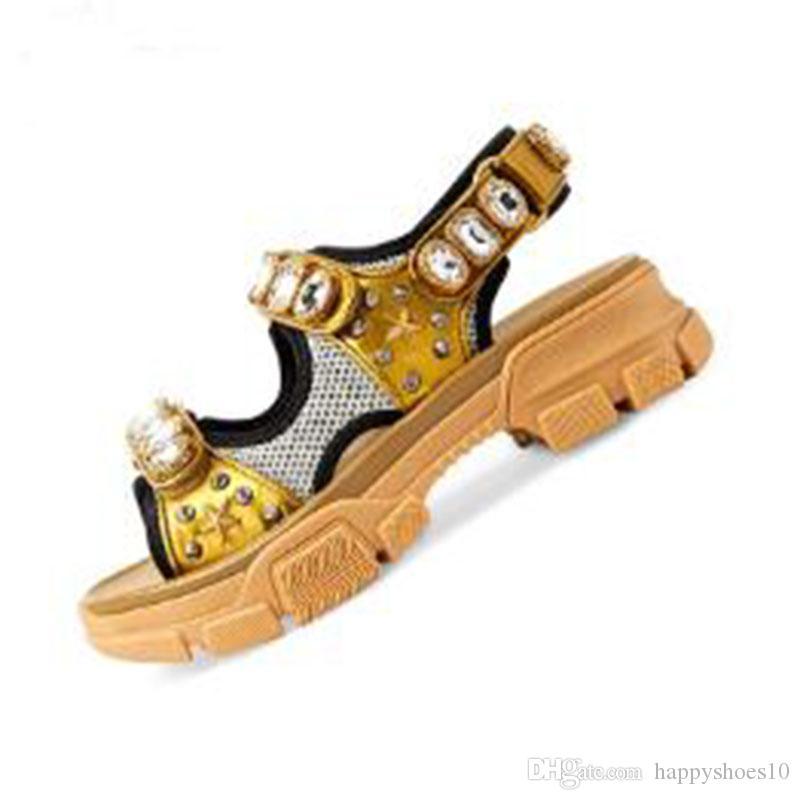 Клепаный Спорт Тарелка формные сандалии алмаз мужчин и женщин досуг сандалии моды кожа открытый пляжные тапочки дез Chaussures GG5