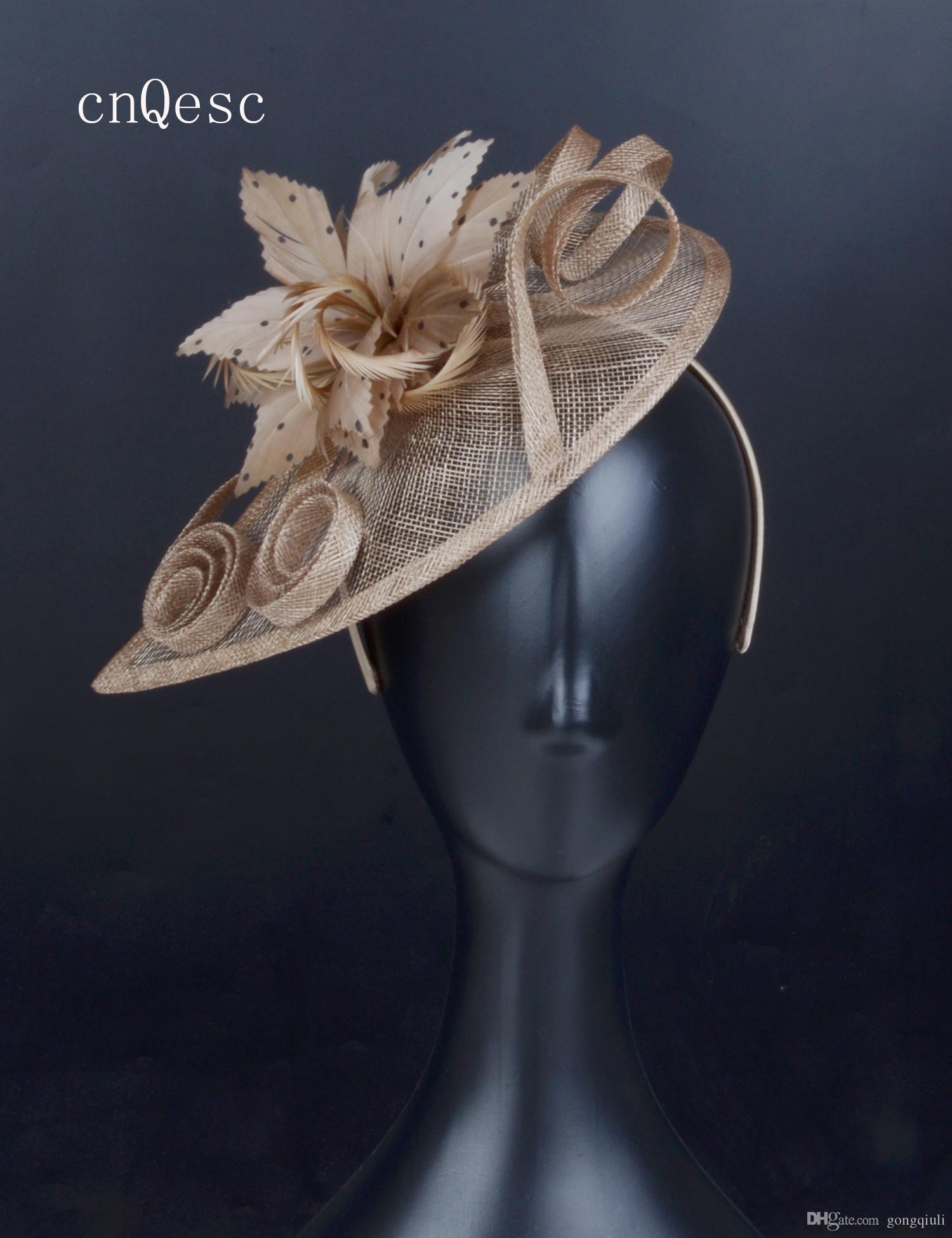 2019 Wheat caffè sinamay fascinator cappello piuma copricapo Kentucky Derby corse nuziali doccia nuziale madre della sposa con piume.