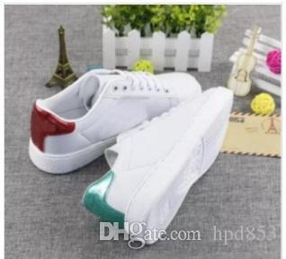 Ücretsiz shpping Ace nakış arı kadınlar küçük beyaz ayakkabı Güz moda erkekler kadınlar Için düz rahat ayakkabılar sneakers zapatos yürüyüş ayakkabı