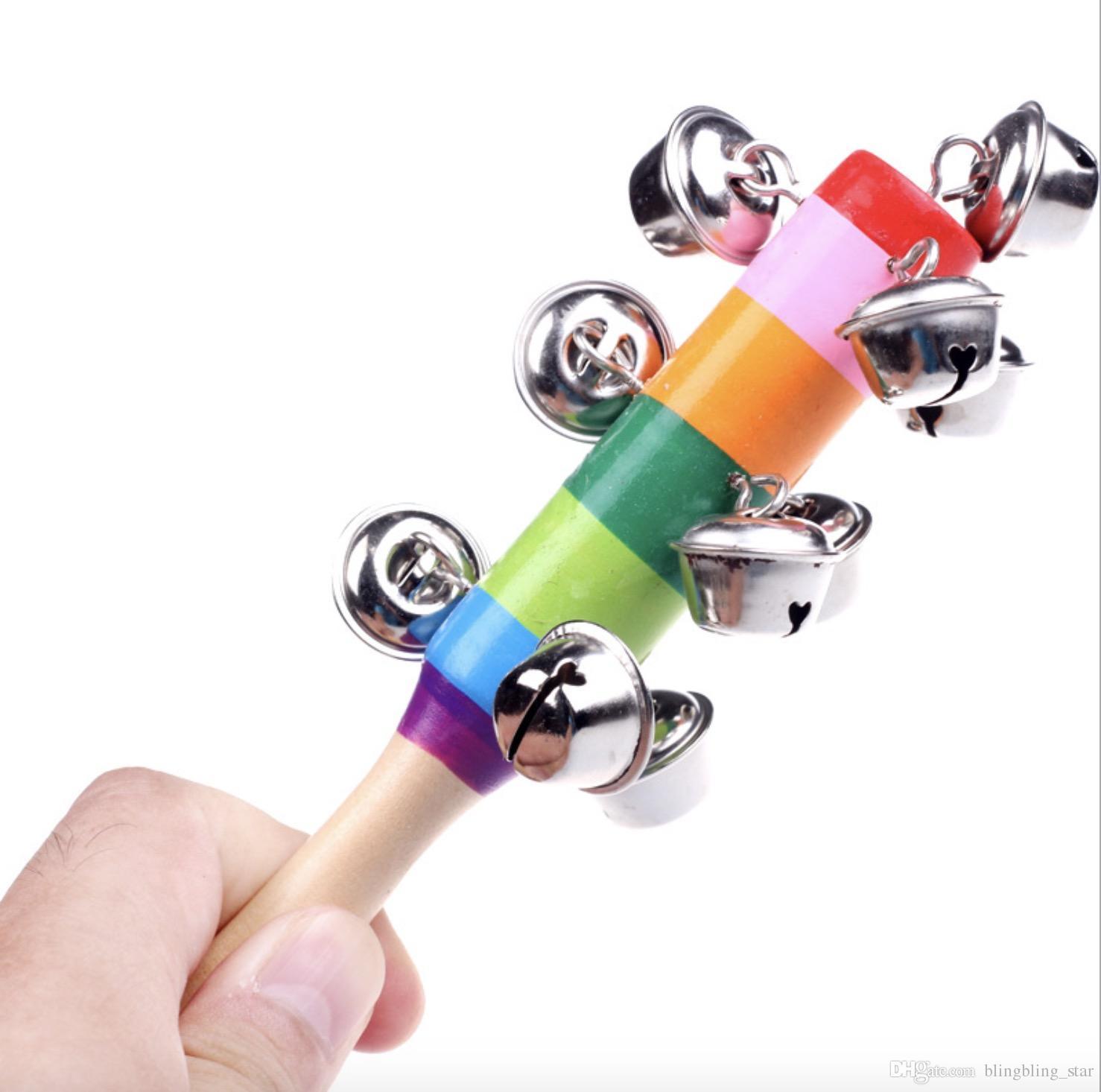 Venta caliente de dibujos animados traqueteo del bebé del arco iris traqueteos Con campana de madera Juguetes Instrumentos Orff juguete educativo al por mayor del regalo del bebé