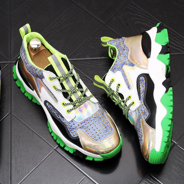 2020 Autumn Inspiration Jovens sapatos de plataforma estudantes homens preguiçosos sapatos calçados masculinos casuais 304